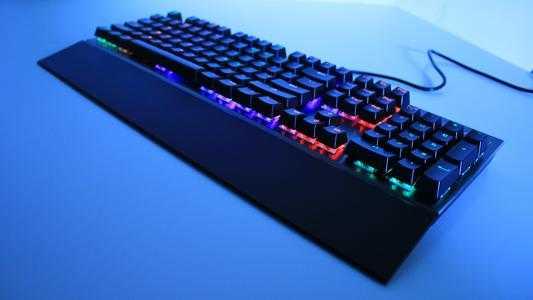 机械键盘与普通键盘的区别_机械键盘与普通键盘哪个打字更舒服