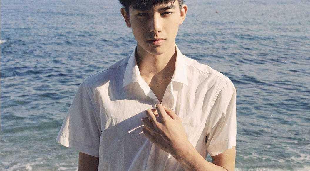男生短袖衬衫怎么穿好看_男生短袖衬衫怎么搭配