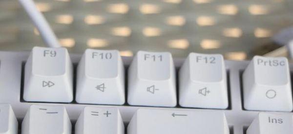 买机械键盘IKBC和Cherry选哪个