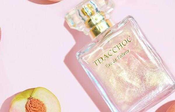 闻着是桃子味的香水是哪款_桃子味的香水有哪些