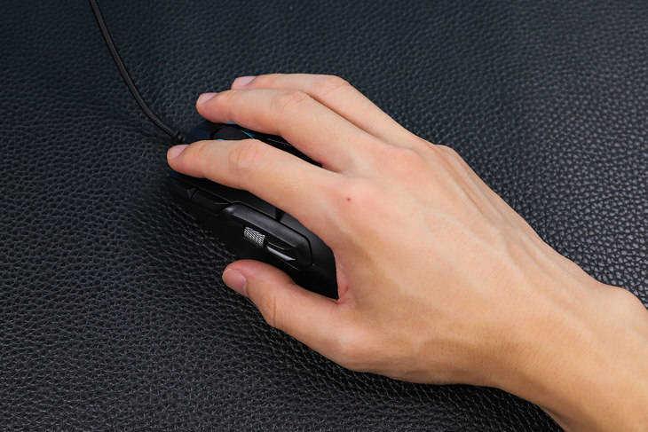 雷柏V330游戏鼠标怎么样_雷柏V330游戏鼠标详外观细测评