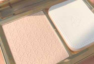 完美日记羽缎粉饼怎么样_完美日记羽缎粉饼成分