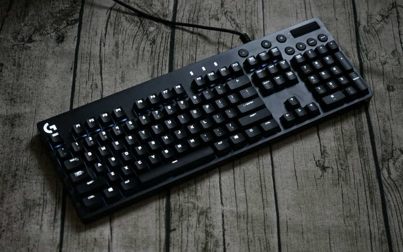 性价比高的机械键盘推荐2020_机械键盘什么牌子性价比高
