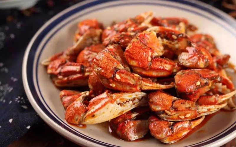 麻辣蟹鉗哪個牌子好吃_麻辣蟹鉗不能和什么一起吃