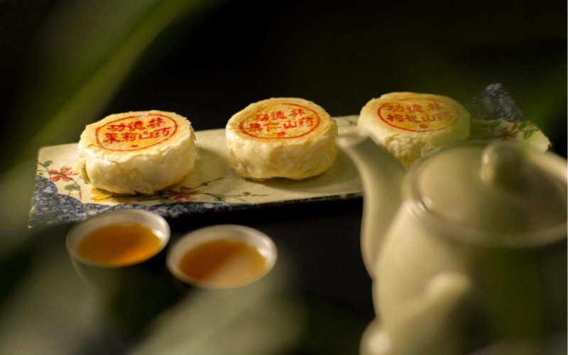功德林月饼哪个口味好吃_功德林月饼礼盒多少钱一盒