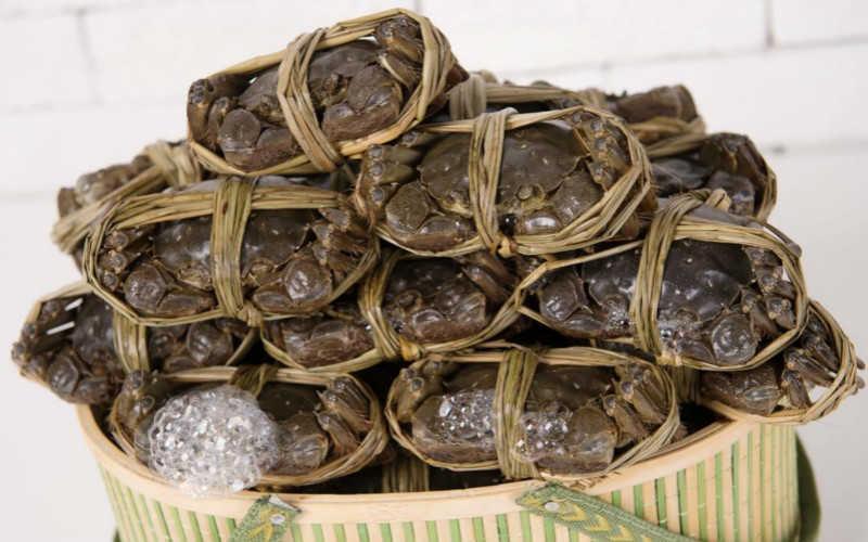 内蒙古大闸蟹品牌_去内蒙古一定要买的特产有哪些