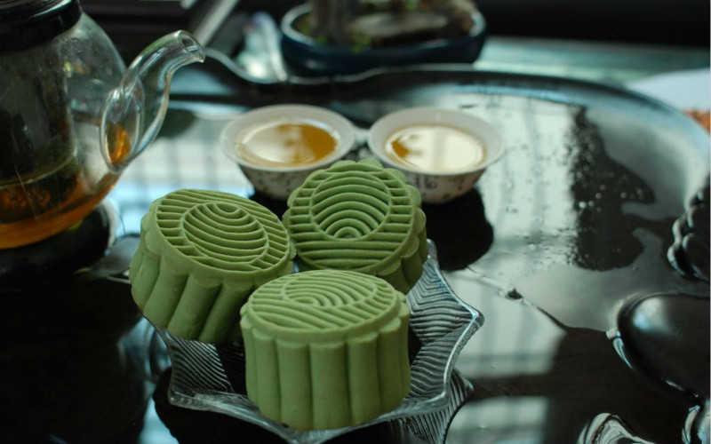 绿茶月饼做法大全窍门_家常月饼的简单做法不用烤箱窍门