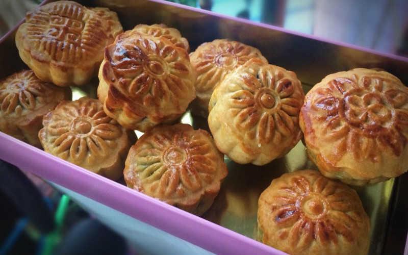 传统广式月饼的做法_传统广式月饼皮的制作方法