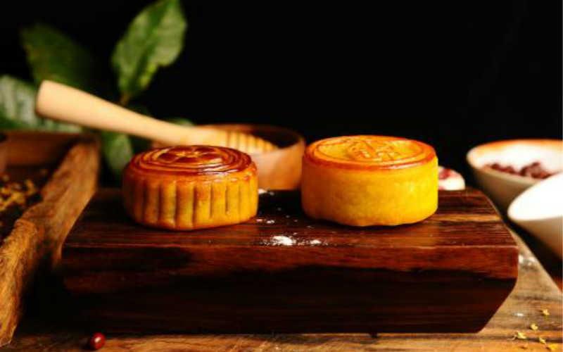 蜂蜜月饼做法大全烤箱窍门_蜂蜜月饼皮最简单做法