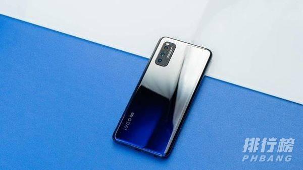 2000元左右性价比高的手机排行榜_2000元左右嘴值得入手的手机有哪些