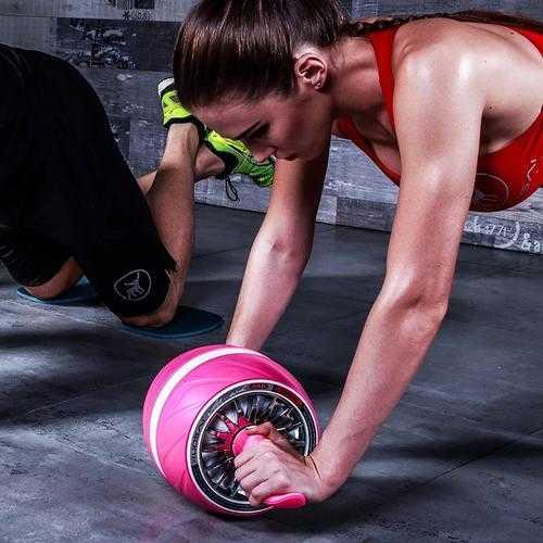 女人练健腹轮的作用与功效