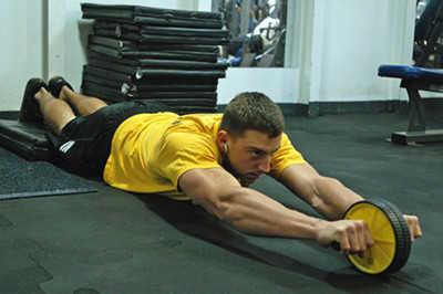 健腹轮会练到斜方肌吗_健腹轮对斜方肌有锻炼作用吗