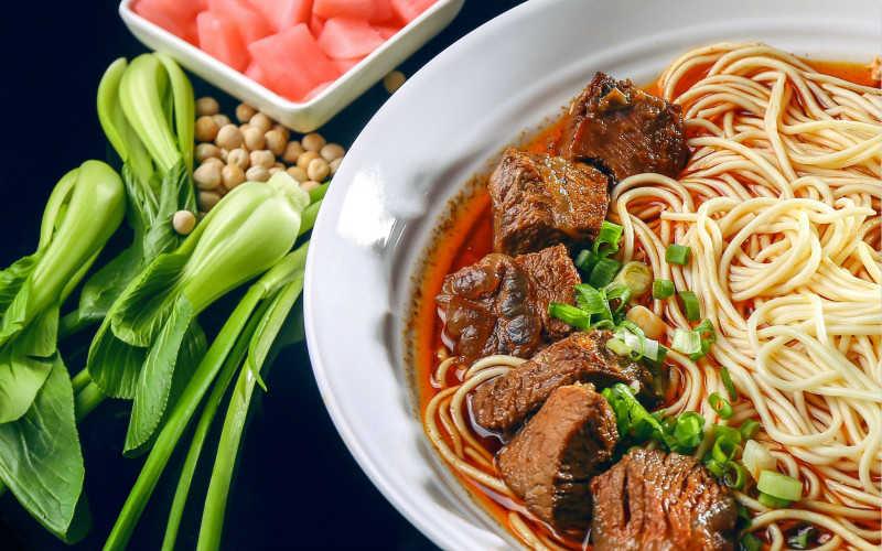 中国哪里的面最好吃_中国最好吃面条排名