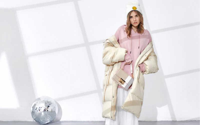 连帽卫衣外面穿什么外套好看女_卫衣搭配什么外套好看女