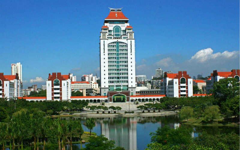 中国最美的十所大学排名_全国最美大学排名最新
