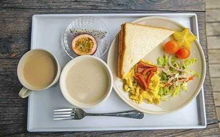 早上适合学生吃的早餐有哪些_学生早上适合吃什么早餐