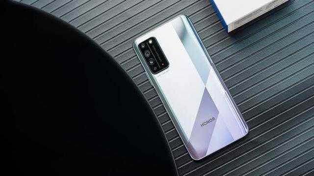 两千元左右性价比最高的手机排行榜_2020两千元以内性价比最高的手机