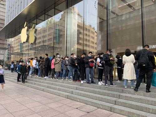 苹果iPhone12开售排队_苹果店12开售排队