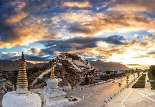中国最大的城市是哪个城市_中国最大的城市排行榜前十名