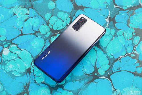 lcd屏幕手机推荐2020_2020lcd手机排行