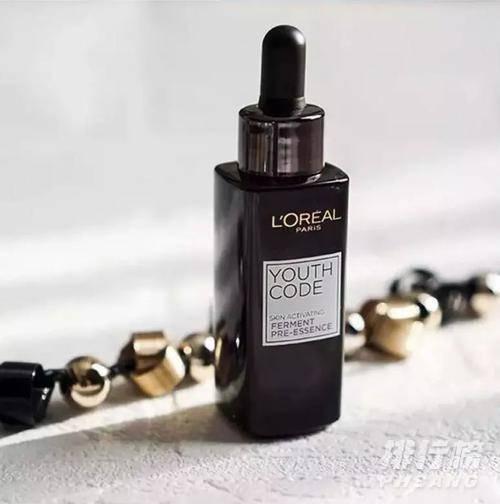 珀莱雅双抗精华和欧莱雅小黑瓶哪个好_珀莱雅双抗精华和欧莱雅小黑瓶对比