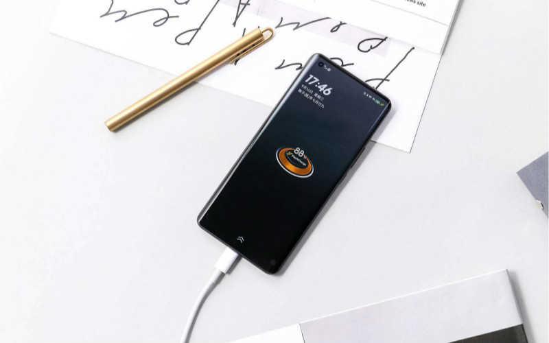 iqoo5pro耗电测评_iqoo5pro耗电快吗