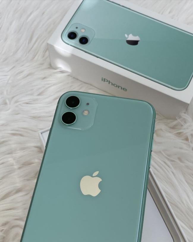 iphone11promax黑色和绿色哪个好_iphone11promax黑色和绿色哪个更值得选
