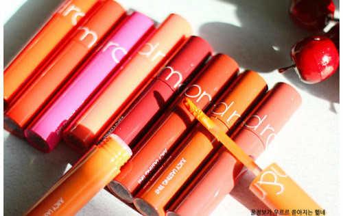 romand果汁唇釉19和20试色对比,更推荐哪个