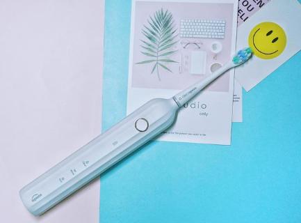 电动牙刷可以无线充电吗_无线充电器可以给电动牙刷充电吗