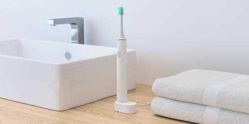 电动牙刷的充电器可以充手机吗_电动牙刷的充电器可以给手机无线充电吗