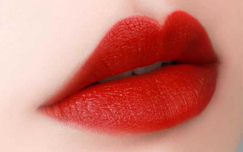 正红色大牌口红推荐_正红色口红排名哑光