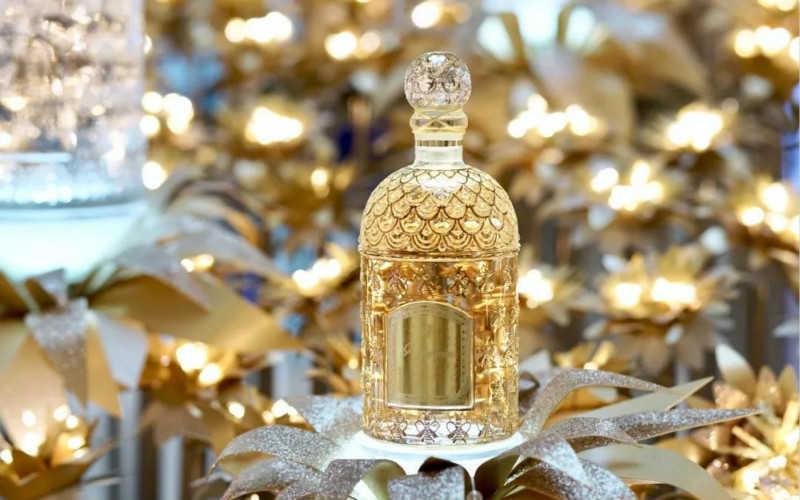 世界十大知名香水品牌大全_最好的香水牌子排名前10