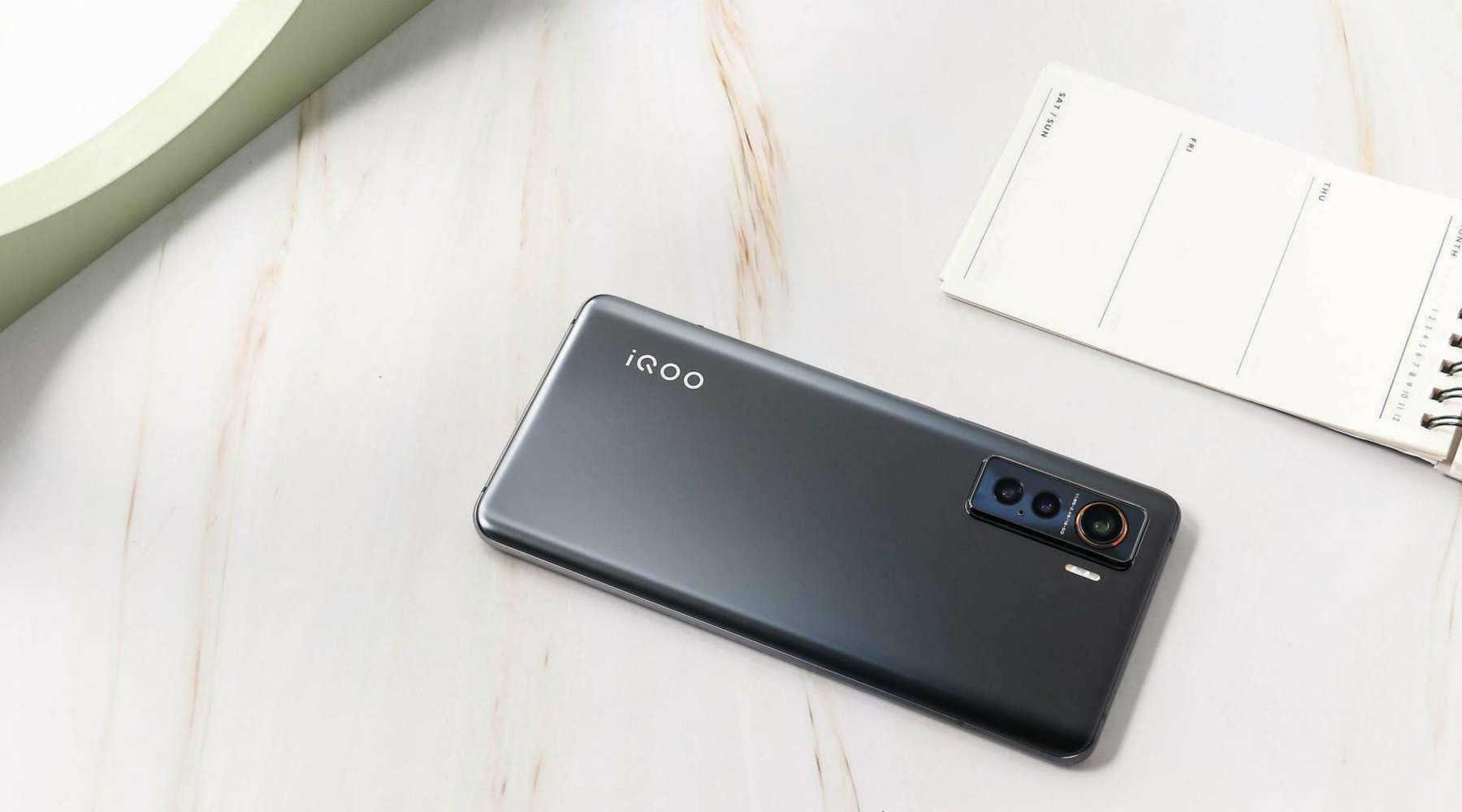 2020年4000元左右的手机哪个好_2020什么手机好用性价比高