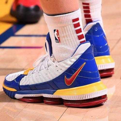 雙十二值得買的籃球鞋_雙十二值得買的高幫實戰籃球鞋