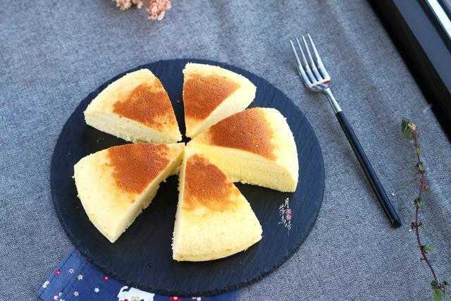 电饭煲蛋糕的做法_电饭煲蛋糕的做法步骤与材料