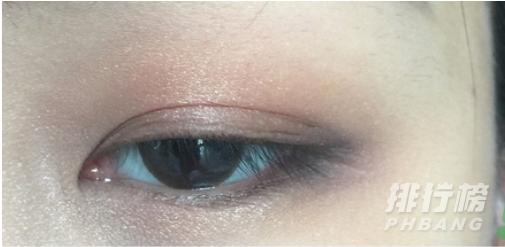 ct眼影和tf眼影哪个好_ct眼影和tf眼影持久度怎么样