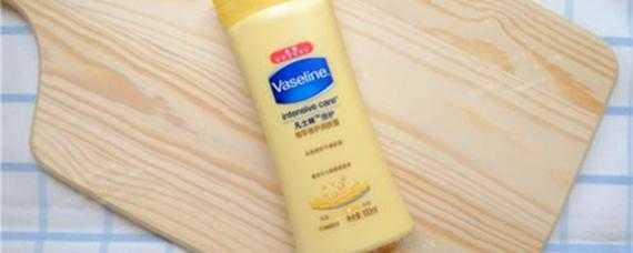 凡士林身體乳可以塗臉嗎_凡士林身體乳能擦臉嗎