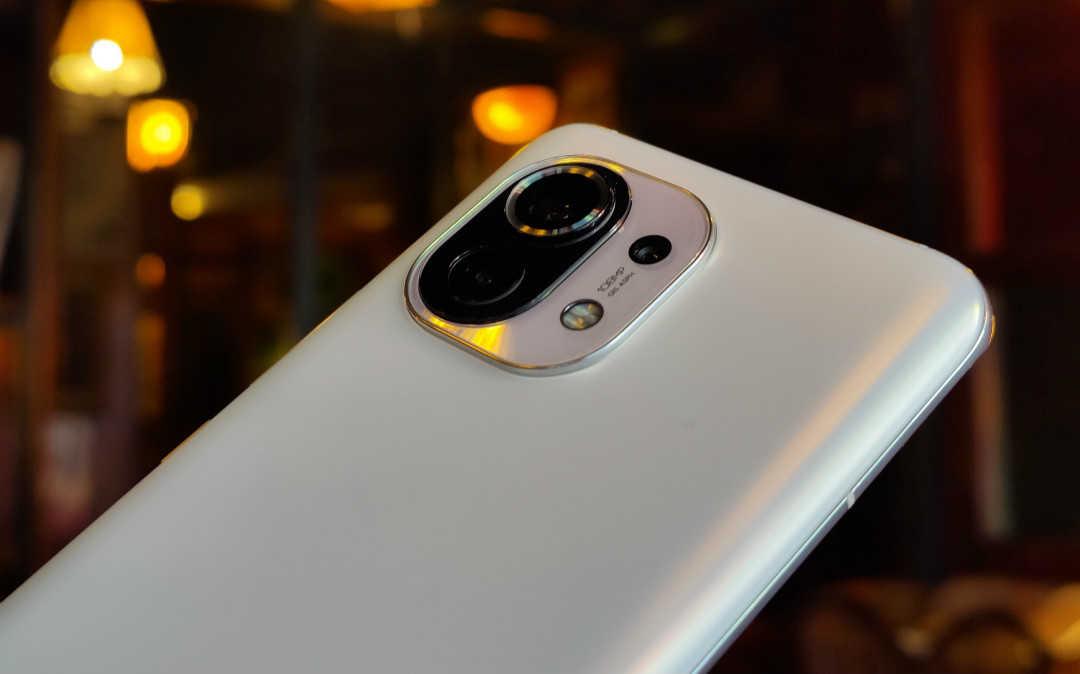 小米11和iphone12mini哪个好_小米11和iphone12mini摄像头
