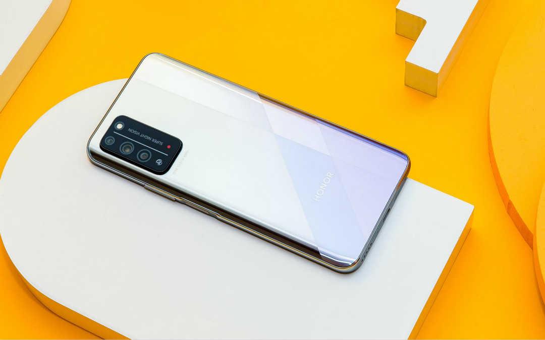 华为5g手机哪一款性价比最高2000元_2000元左右的华为手机排行榜