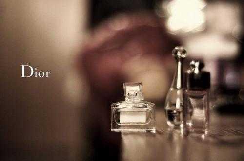 迪奥香水哪款最受欢迎适合30岁_适合30岁的迪奥香水排名