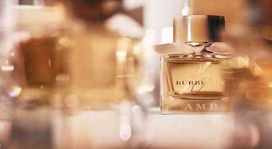 2021香水品牌排行榜前十名_2021香水品牌的十大排行榜