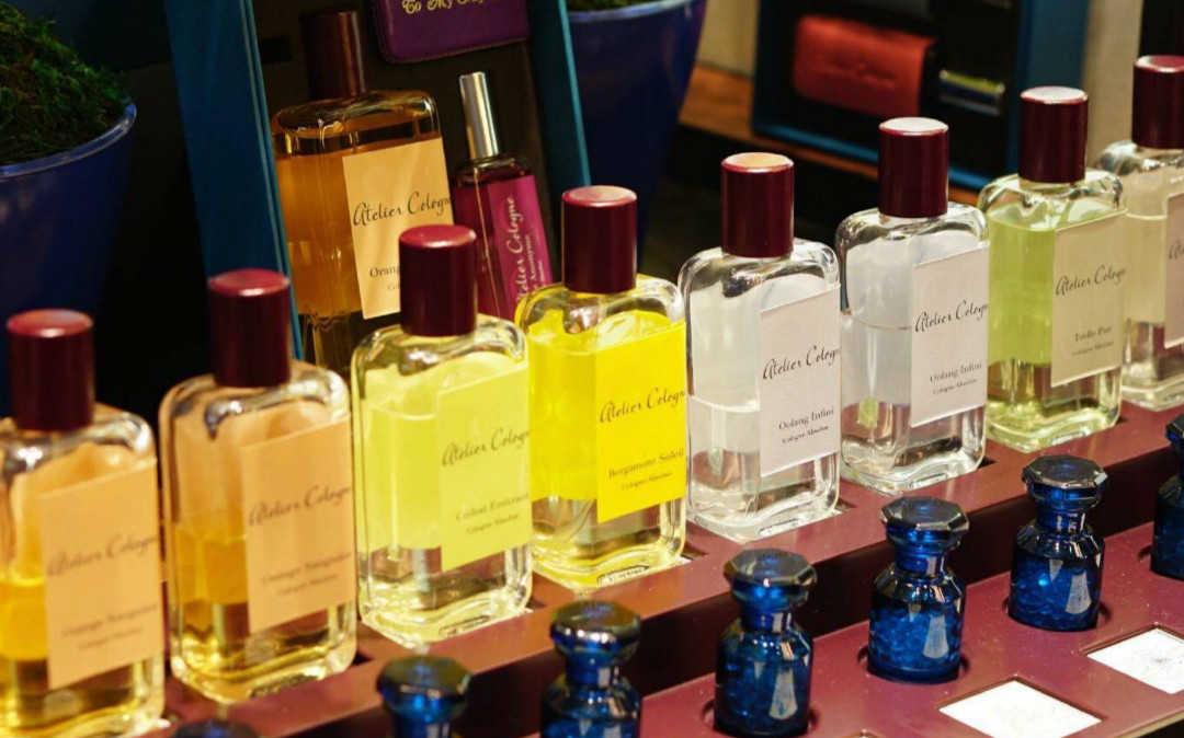 最受欢迎的香水味道排名榜_最受欢迎的香水排行榜2021