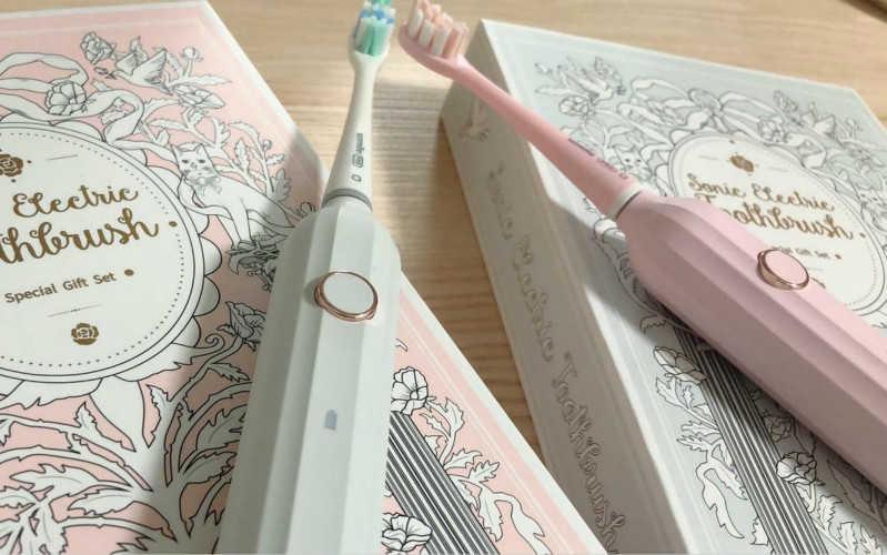 usmile和欧乐b电动牙刷哪个好用_usmile和欧乐b哪个好