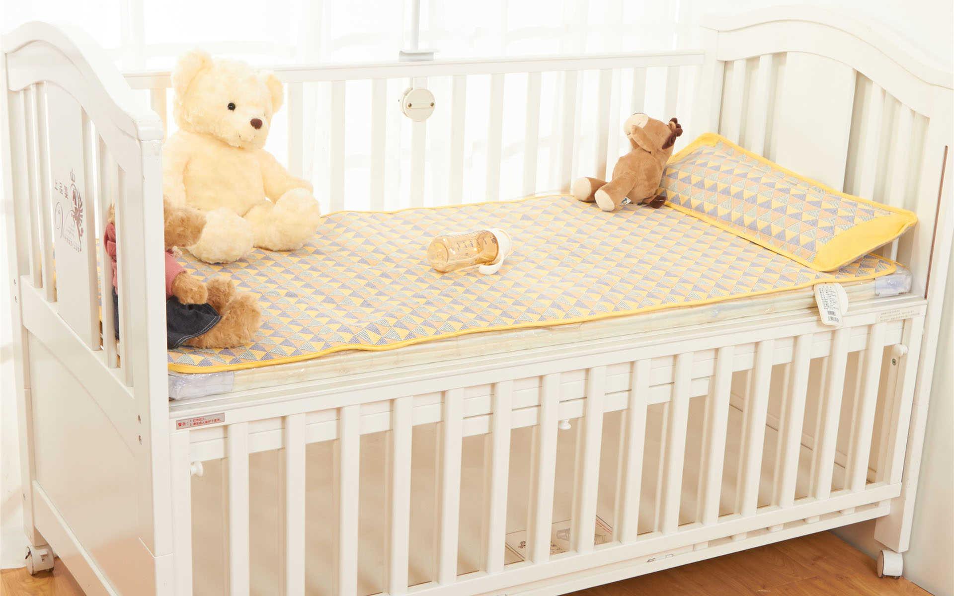 婴儿床品牌排行榜前十名_婴儿床哪个牌子好