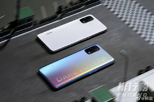 真我手机哪款性价比最高_真我手机性价比最高的机型是哪个