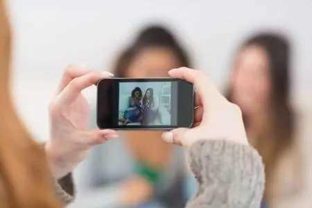 2021年十大最佳拍照手机排名_主打拍照的手机推荐2021