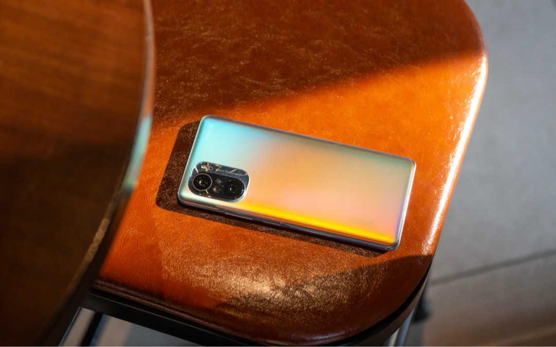 红米k40手机边框是什么材质_红米k40手机材质