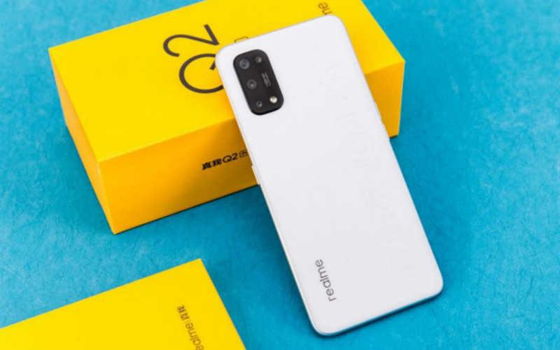 2021年2000以内的手机哪款性价比高_2021年2000元手机推荐