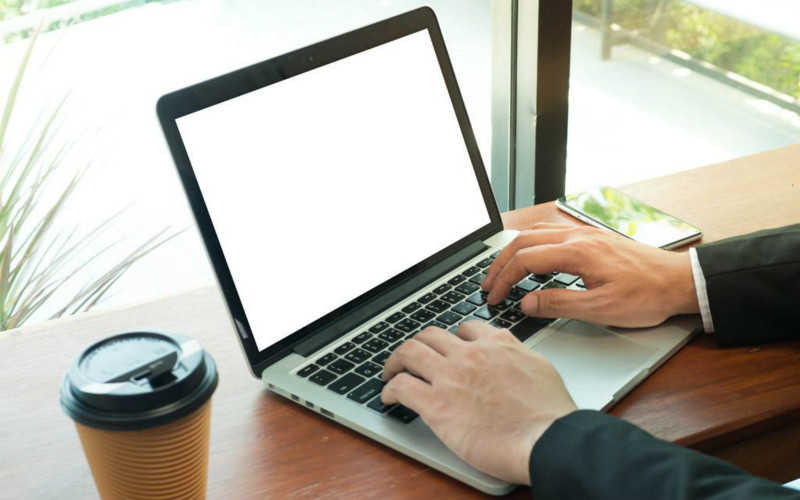 商務筆記本電腦排行榜2021_商務筆記本電腦性價比排行2021