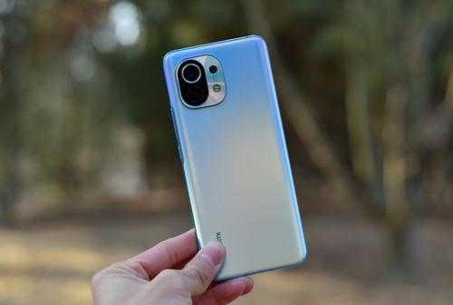 2021安卓旗舰机性能排行榜_2021年最值得购买的旗舰手机